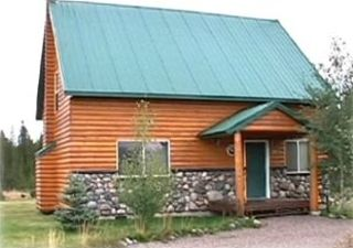 Front view of Yellowstone Retreat, 2005