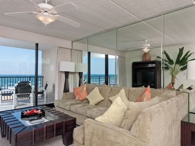 Living Area with views to the ocean