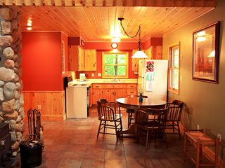 Grand Rapids cabin photo - Kitchen/dining area.