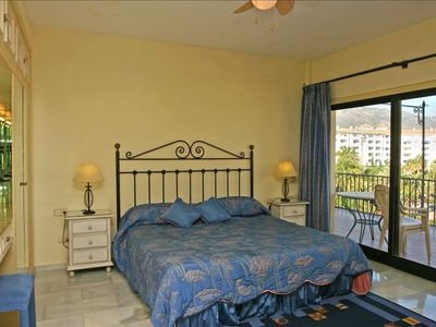 Master bedroom with super king size bed and huge balcony with sea/mountain views