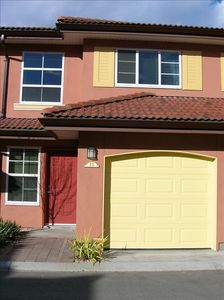 1151 sq. ft. 2 bedroom, 1 den, 2.5 bathroom villa