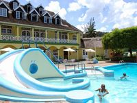Excellent Location in Ocho Rios Beach Front Need that Break? Book Now!