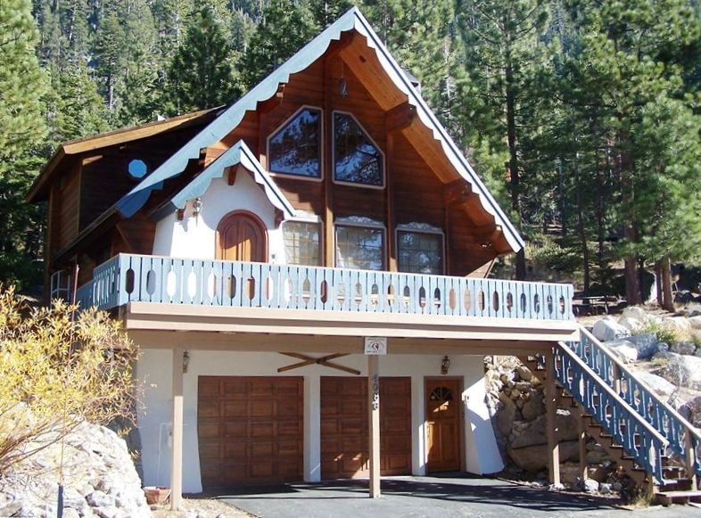 Upscale tahoe cabin lake view near skiing vrbo for South lake tahoe cabins near casinos