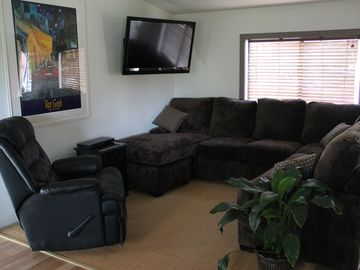 Yosemite National Park house rental - Living Room - Comfort!