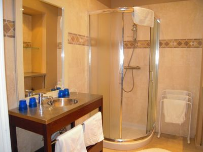 Modern bathroom with shower - WC separate