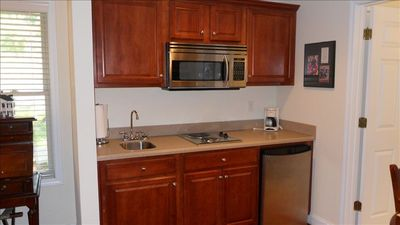 Presidential Suite Kitchenette. This is available as seperate lock off unit.