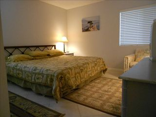 Amelia Island condo photo - Master with King Size Bed.