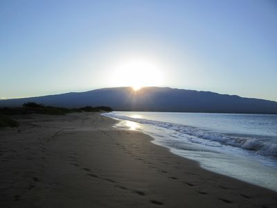 Sunrise on Maalaea beach, a short walk form the condo