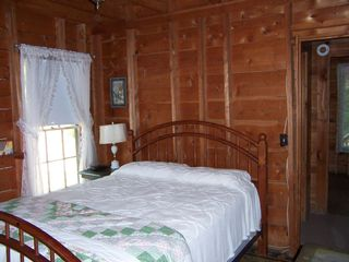 Newfound Lake cottage photo - Queen Sized Bedroom
