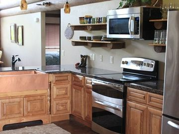 Large kitchen with top of the line appliances