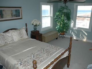 Cape Charles estate photo - Direct bay-front main-level Bedroom off of the great room and full bath.