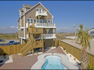 House & Oceanfront pool