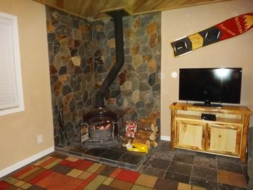 Meadowbrook Estates cabin rental - Wood Burning Stove. Wanna really feel like your in a cabin, Cook dinner on this!