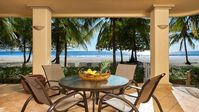 Save $250 (Cleaning Fee mynewfeed Laudry Incl.) Beach Front Lanikai Built to the Sand