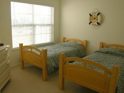 The Pinnacle Dowstairs Twin Bedroom #2