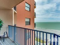 Emerald Isle Unit 404: 2 BR / 2 BA condo in N. Redington Beach, Sleeps 4
