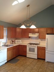 Hampton Bays house photo - Spacious kitchen