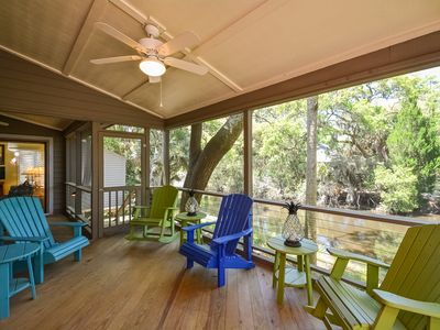 Screened porch overlooking lagoon