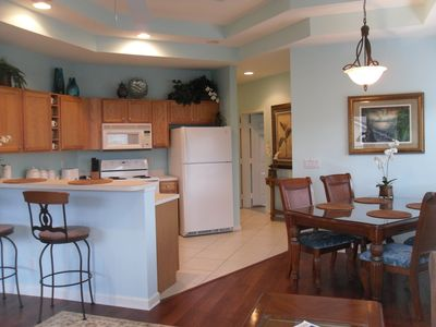 kitchen & dining area is open to family room