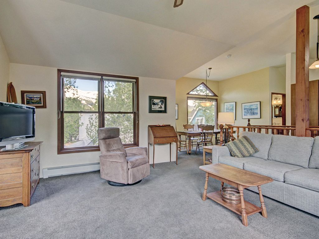 Living room to dining room. Looking to West and Peaks 6,7, and 8.