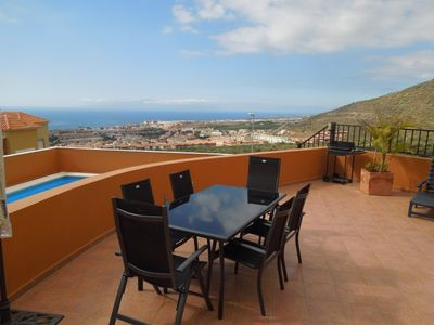 Costa Adeje house rental - High-quality aluminum furniture on the terrace