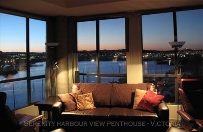 Your days and evenings will be enriched with all the moods of the harbour.