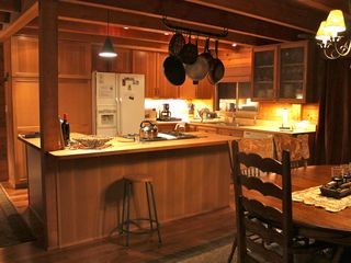 Homewood cabin photo - Beautifully remodeled kitchen