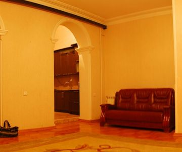 2+1 Apartment in Old Tbilisi, Daily Rental