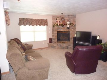 "Living room - 42"" HD TV With Surround Sound and Stereo. Wireless Internet"