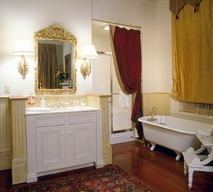 Lower Garden District house rental - Elegant bath Suite #1- clawfoot tub, 1st floor