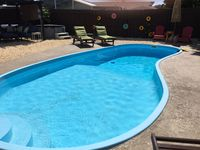 Private Pool Home / Minutes from the Gulf  / 3 Bed / 2 Bath / Sleeps 12