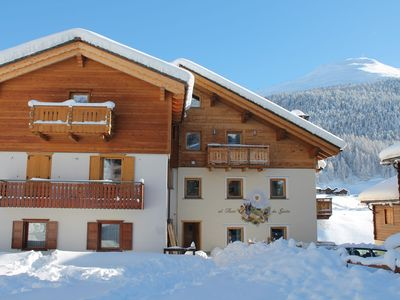 Apartment on the first floor at very close distance of all ski facilities