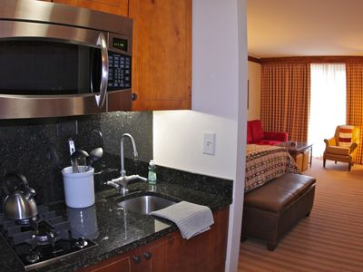 Studio equipped with a gourmet kitchenette