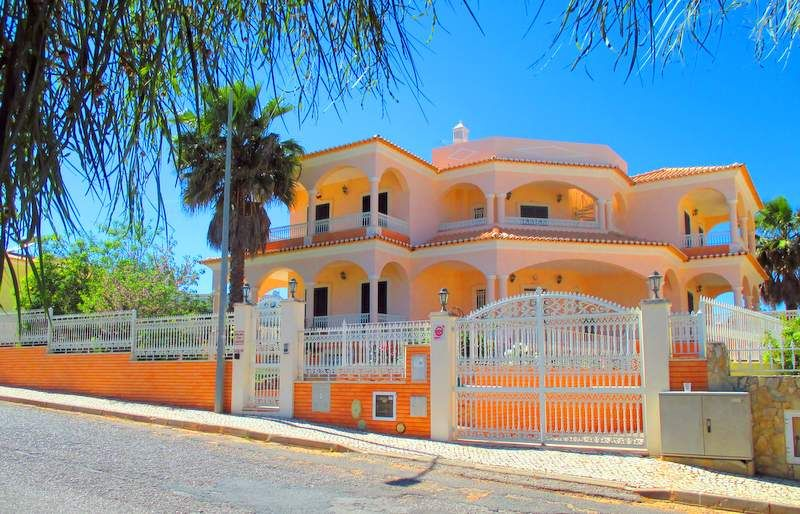 Holiday house, 450 square meters , Brejos