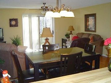 Hot Springs Village townhome rental - View from Kitchen into Living Room Area