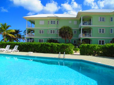 Grand Cayman condo rental - Pool/On the Bay
