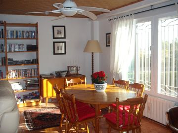 The dining area with CD player, book & DVD library