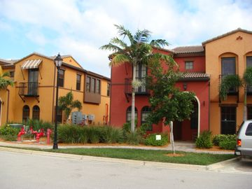 Fort Myers condo rental - Condo is Red Corner Unit