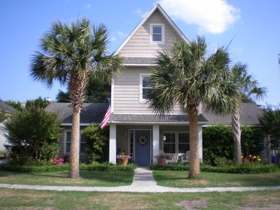 Isle of Palms Ocean Breezes - Front of house