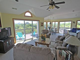 Corolla house photo - Comfortable and open great room