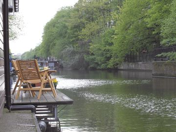 Canal District house boat rental - Patio view