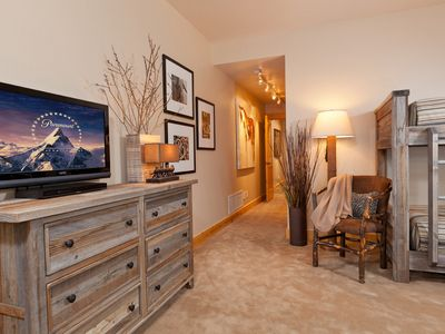 "Guest bedroom suite reclaimed snowfence wood dresser, 32"" TV, readin..."