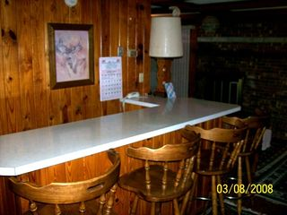 Steinhatchee cabin photo - View of Bar Area, Open to Livingroom