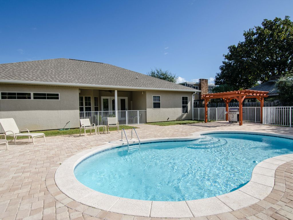 Beach Retreat - 4 BR/3 BA w/ private pool,... - HomeAway ...