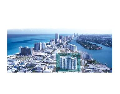 Miami Beach condo rental - 2 blocks from the beach, 1 block from the bay