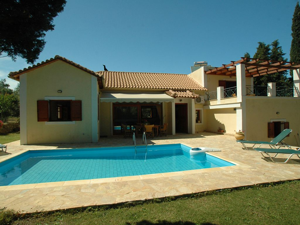 Private Villa With Swimming Pool HomeAway Arkadii