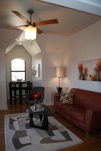 Wimberley villa rental - Comfortable open living area