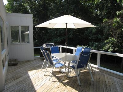 Hampton Bedroom Furniture on East Hampton House Rental   Outdoor Deck With Patio Furniture And Gas