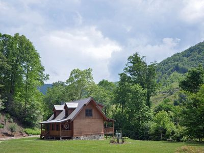 Shady Creek Cabin, 2 Bedrooms Sleeps 4