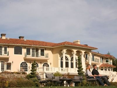Luxury Villa on the Santa Cruz / Monterey Coast